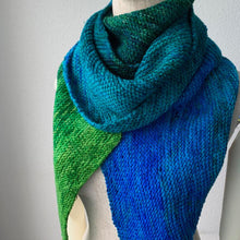 Load image into Gallery viewer, Giant Gradient, Bias Scarf Free Knitting Pattern - Infinite Twist
