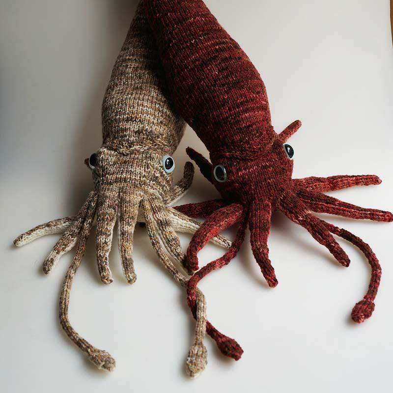 Inkling the Squid Free Knitting Pattern - Infinite Twist