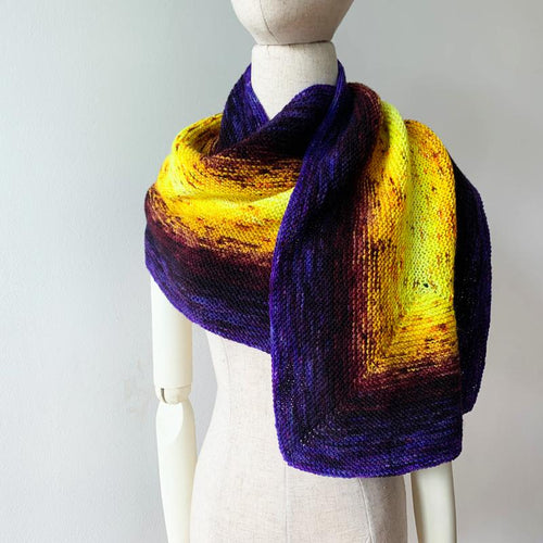 Mercerator Free Knitting Pattern for Gradient Yarn - Purple and Orange
