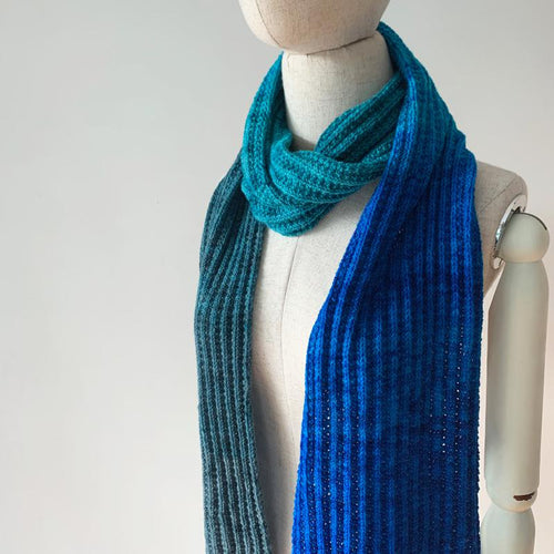 Stroopwafel Scarf Free Knitting Pattern - Infinite Twist