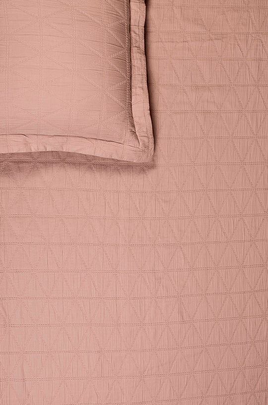 Pyramid Pink Blush Bedspread Set