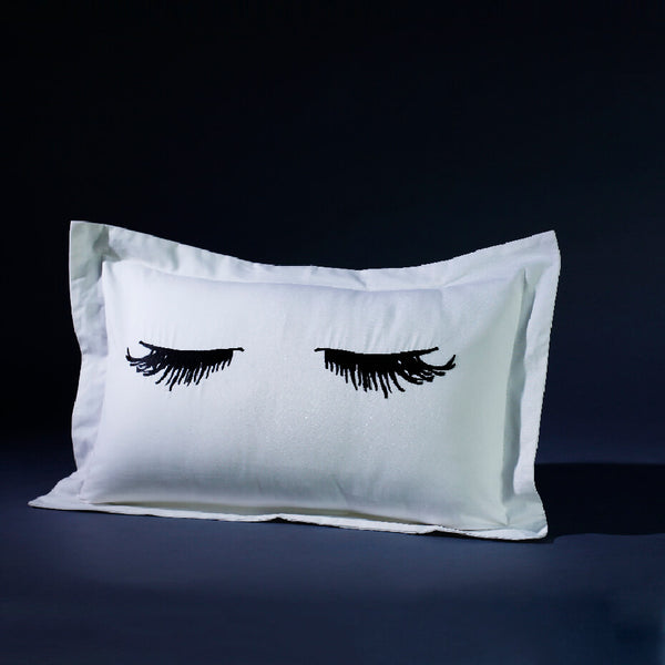 Lashes Cushion Cover