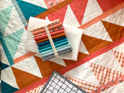 Suzy quilts 'Gather Quilt' fabric bundle kit - throw size  (Art Gallery Fabrics, Bella, Kona and Riley Blake)