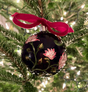 2019 Ornament: The Chintz One