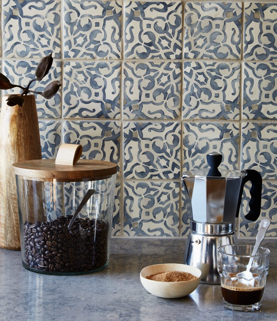 Handpainted Terracotta Tile offers a fresh take on a decades long tile tradition.