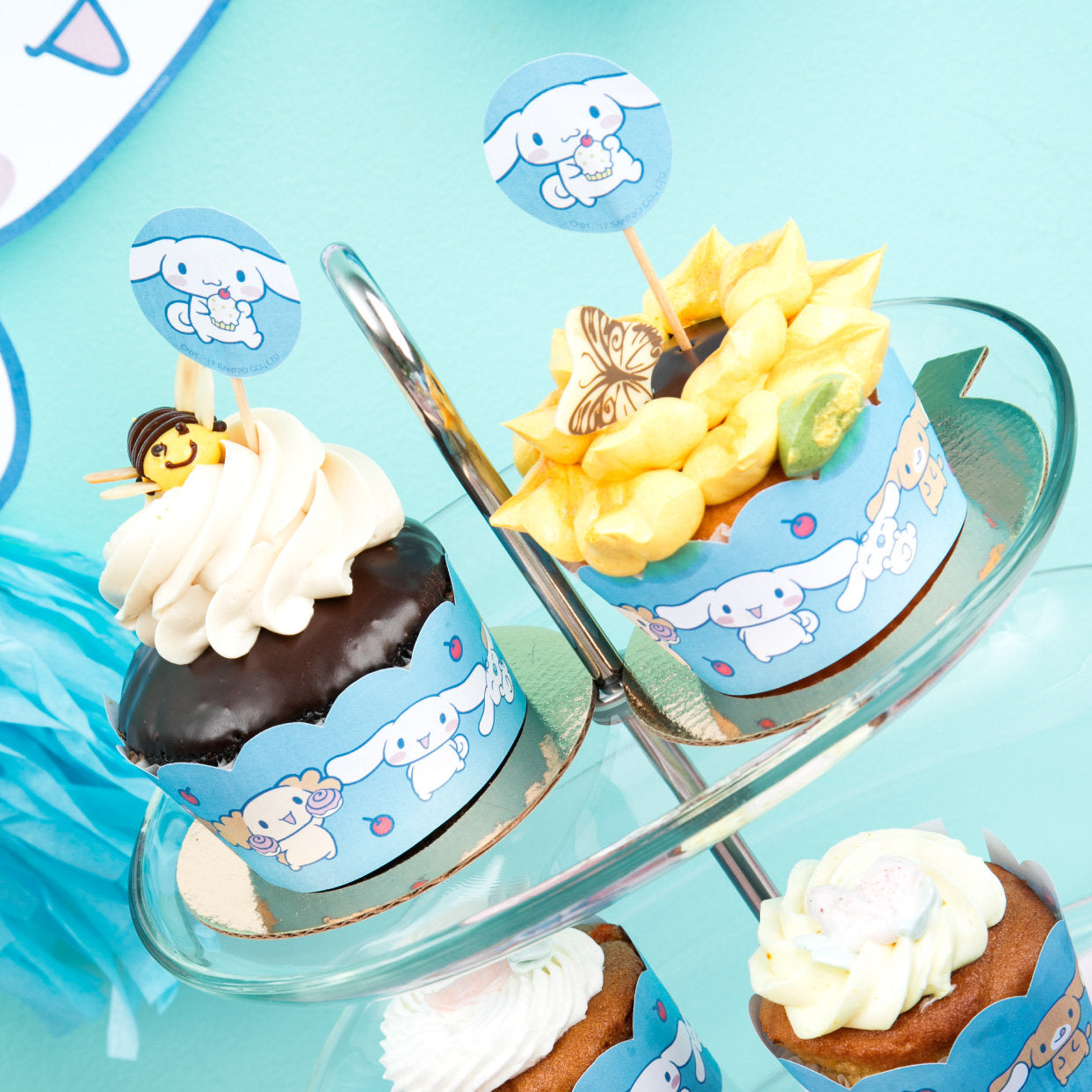 Cinnamoroll Cupcake Wrappers & Toppers