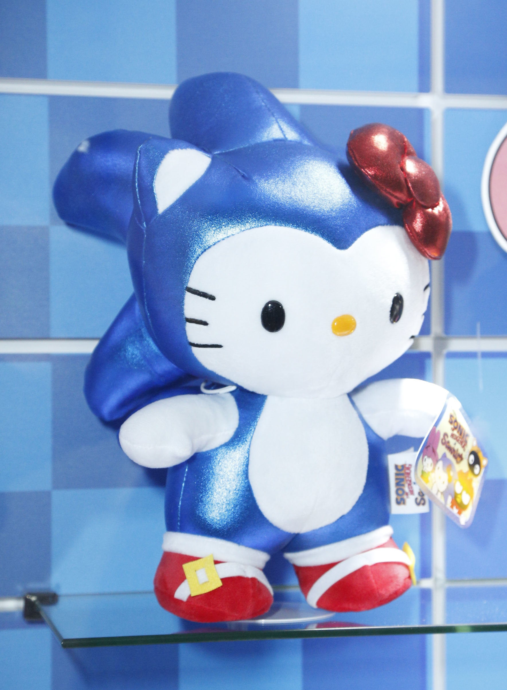 Hello Kitty x Sonic