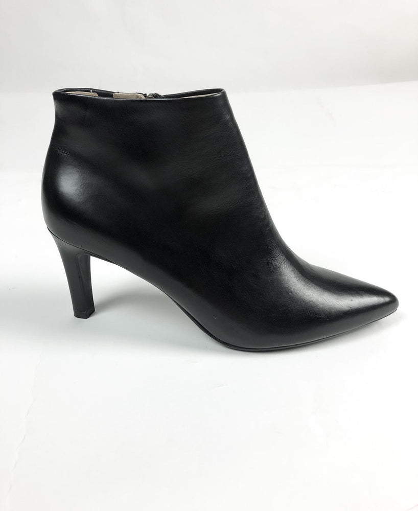Peter Kaiser Black Leather Heeled Ankle Boot 06601.336