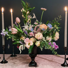 Load image into Gallery viewer, romantic flowers and candles table flowers nyc