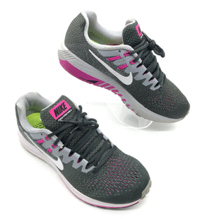 Primary Photo - BRAND: NIKE STYLE: SHOES ATHLETIC COLOR: PINKGRAY SIZE: 9.5 SKU: 262-26275-75632GENTLE WEAR - AS IS