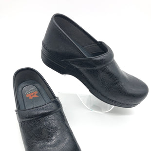 Primary Photo - BRAND: DANSKO STYLE: SHOES FLATS COLOR: BLACK SIZE: 8.5 | 39SKU: 262-26275-73617IN GOOD SHAPE AND CONDITION