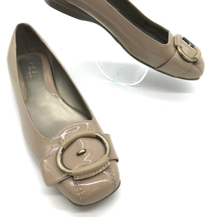 Primary Photo - BRAND: COLE-HAAN STYLE: SHOES FLATS COLOR: BEIGE SIZE: 8 SKU: 262-26275-69102AS IS