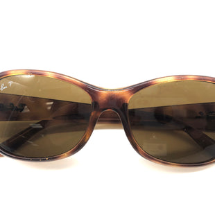 Primary Photo - BRAND: RAY BAN STYLE: SUNGLASSES COLOR: BROWN OTHER INFO: AS IS WEAR SKU: 262-26275-78554WEAR TO LENSES REFLECTED IN PRICE. POLARIZED