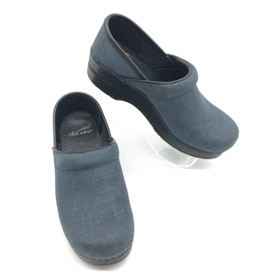 Primary Photo - BRAND: DANSKO STYLE: SHOES FLATS COLOR: NAVY SIZE: 6.5 SKU: 262-26275-74928IN GREAT SHAPE AND CONDITION
