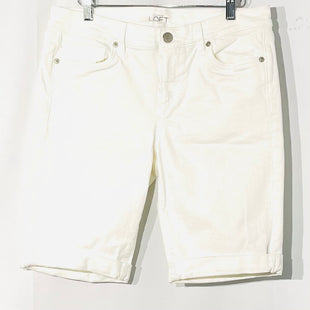 "Primary Photo - BRAND: ANN TAYLOR LOFTSTYLE: SHORTS COLOR: WHITE DENIMSIZE: 8 SKU: 262-26275-74624INSEAM WITH CUFF 9.5""OUTLET"