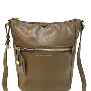 Primary Photo - BRAND: MARC BY MARC JACOBS STYLE: HANDBAG DESIGNER COLOR: BROWN SIZE: SMALL SKU: 262-26275-61927SHOWS SOME MARKSDESIGNER BRANDS-FINAL SALE