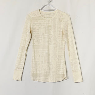 Primary Photo - BRAND: LULULEMON STYLE: ATHLETIC TOP COLOR: CREAM SIZE: S SKU: 262-26275-73933SIZE TAG MISSING AS IS SMALL HOLE SLEEVE SWEATER PICTURE
