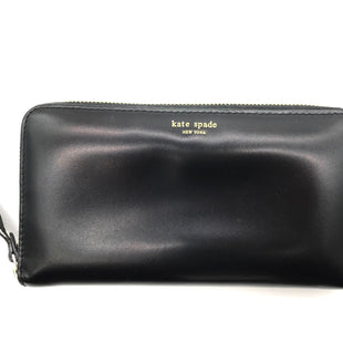 "Primary Photo - BRAND: KATE SPADE STYLE: WALLET COLOR: BLACK SIZE: LARGE OTHER INFO: AS IS WEAR SKU: 262-26275-68425APPROX. 7.5""L X 4""H. PRICE REFLECTS SOME SLIGHT WEAR INCLUDING SLIGHT SPOTS INSIDE AND TO CORNER AS SHOWN, TARNISHING ON ZIPPER"