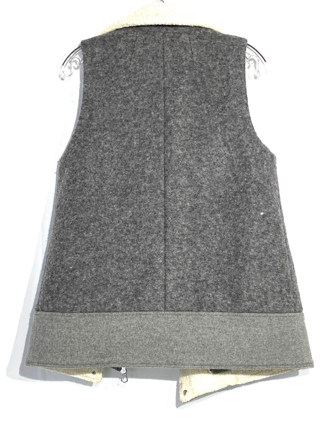 Photo #1 - BRAND: MADEWELL <BR>STYLE: VEST <BR>COLOR: GREY <BR>SIZE: S<BR>SKU: 262-26241-42367<BR><BR>31% WOOL