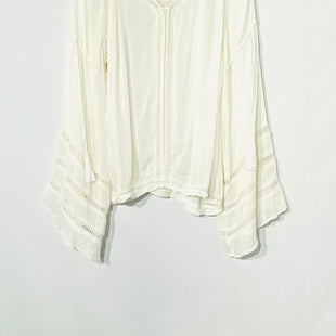 Primary Photo - BRAND: ALTARD STATE STYLE: BLOUSE COLOR: WHITE SIZE: L SKU: 262-26275-69970