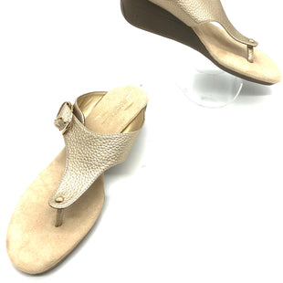Primary Photo - BRAND: AEROSOLES STYLE: SANDALS FLAT COLOR: GOLD SIZE: 9.5 SKU: 262-26241-45251