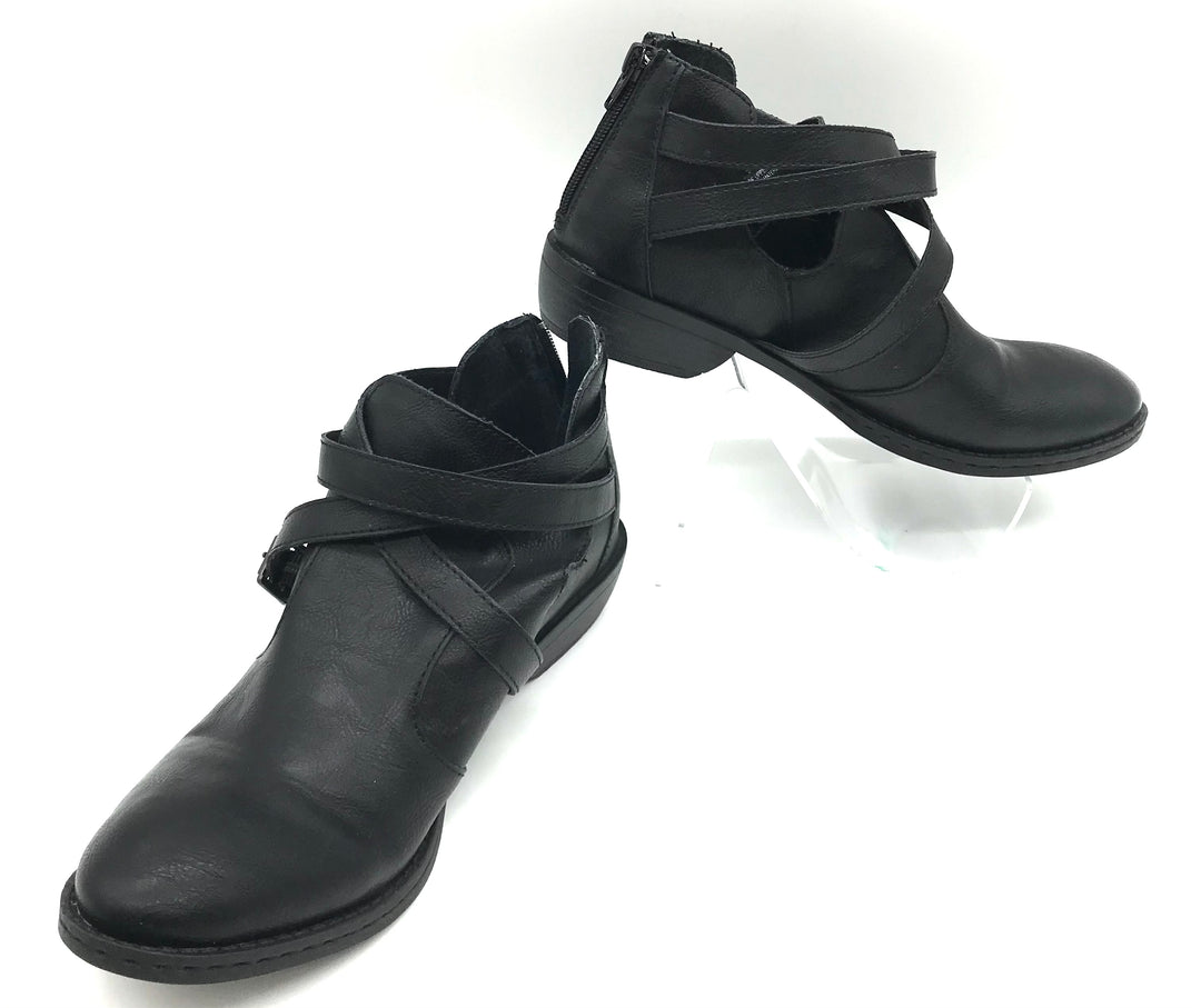 Primary Photo - BRAND: BOC <BR>STYLE: BOOTS ANKLE <BR>COLOR: BLACK <BR>SIZE: 7.5 <BR>SKU: 262-26275-70285