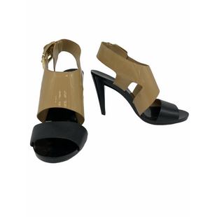 Primary Photo - BRAND: MICHAEL KORS STYLE: SANDALS HIGHCOLOR: BEIGE BLACKSIZE: 6 SKU: 262-26211-145675