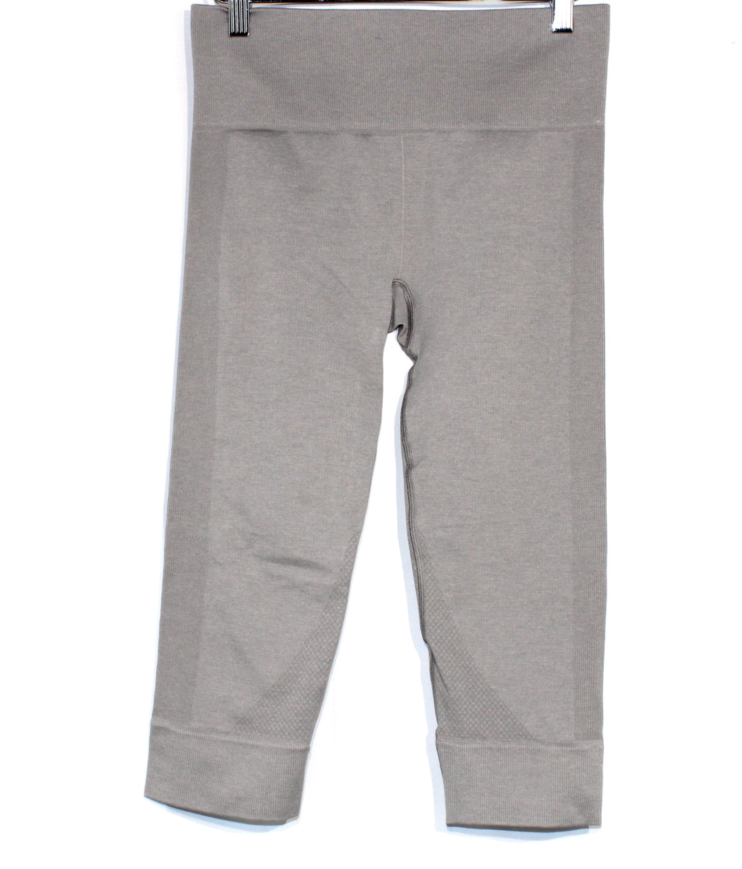 Primary Photo - <P>BRAND: LULULEMON <BR>STYLE: ATHLETIC CAPRIS <BR>COLOR: GREY <BR>SIZE: S<BR>SKU: 262-26275-64153<BR><BR>DESIGNER FINAL</P> <P>SIZE TAG MISSING AS IS</P>