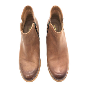 Primary Photo - BRAND: CLARKS STYLE: BOOTS ANKLE COLOR: BROWN SIZE: 7.5 SKU: 262-26211-145168