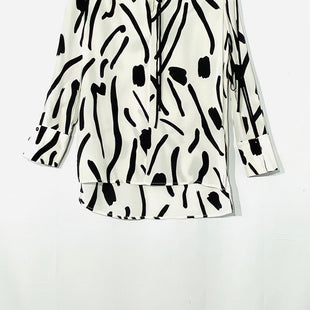 Primary Photo - BRAND: DIANE VON FURSTENBERG STYLE: BLOUSE TUNICCOLOR: WHITE BLACK SIZE: XS /2SKU: 262-26241-43636100% SILKDESIGNER FINAL