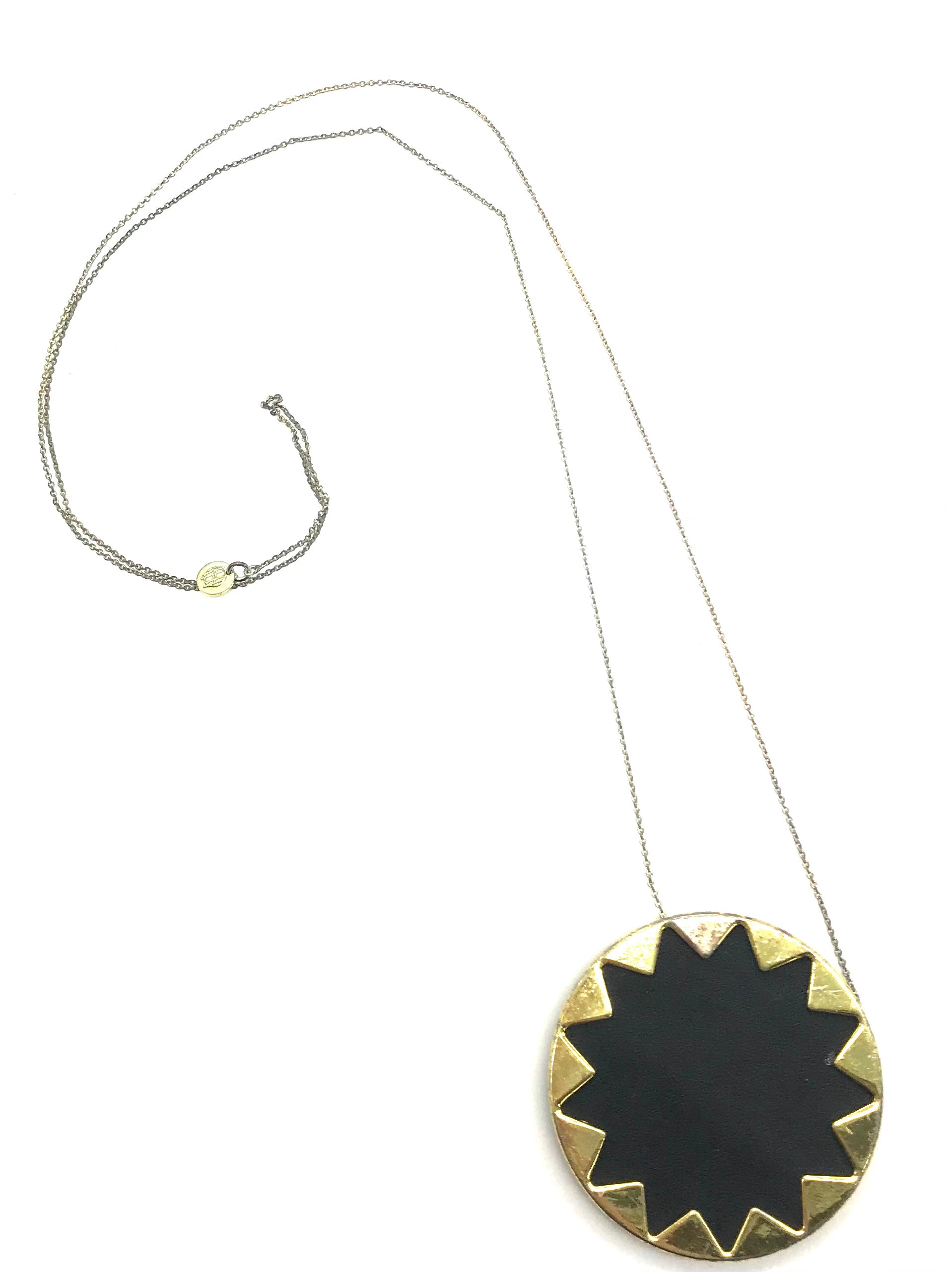 "Primary Photo - <P>BRAND: HOUSE OF HARLOW <BR>STYLE: NECKLACE <BR>COLOR: MULTI <BR>SKU: 262-26275-71868<BR><BR>AS IS SLIGHT WEAR (SEE PHOTOS)</P> <P>APPROX. 14""</P>"