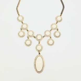 Primary Photo - BRAND: LILLY PULITZER STYLE: NECKLACE COLOR: WHITE SKU: 262-262101-1438AS IS DESIGNER ITEM FINAL SALE
