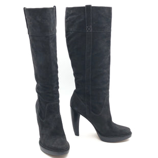 "Primary Photo - BRAND: MICHAEL KORS STYLE: BOOTS KNEE COLOR: BLACK SIZE: 10 SKU: 262-262101-2081CALF OPENING CIRCUMFERENCE: 16.5"" LOWER CIRCUMFERENCE: 12.5""NARROW TOES • GENTLE WEAR • 5"" HEEL HEIGHT • 15"" BOOTS HEIGHT •"