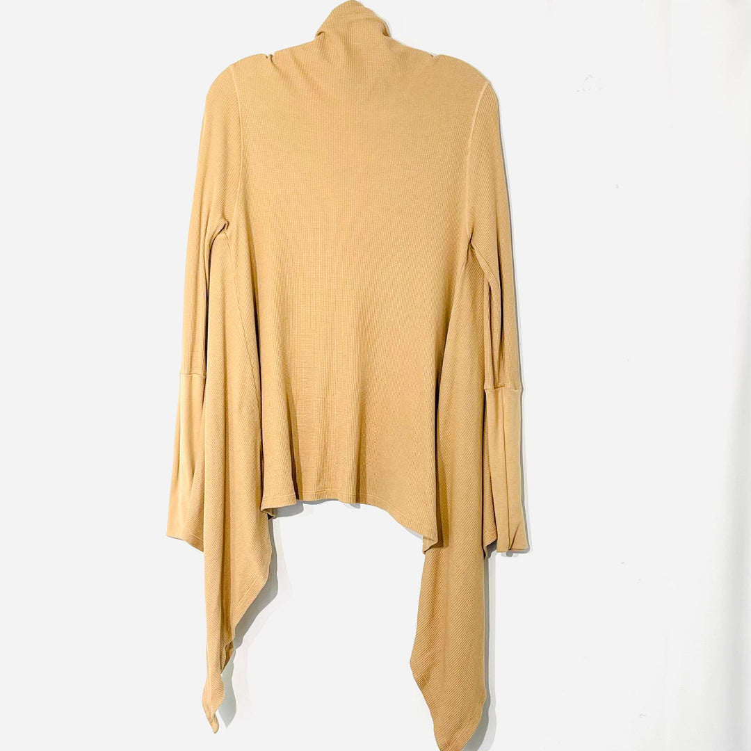 Photo #1 - BRAND: SPLENDID <BR>STYLE: SWEATER CARDIGAN LIGHTWEIGHT <BR>COLOR: TAN <BR>SIZE: M <BR>SKU: 262-26275-75707