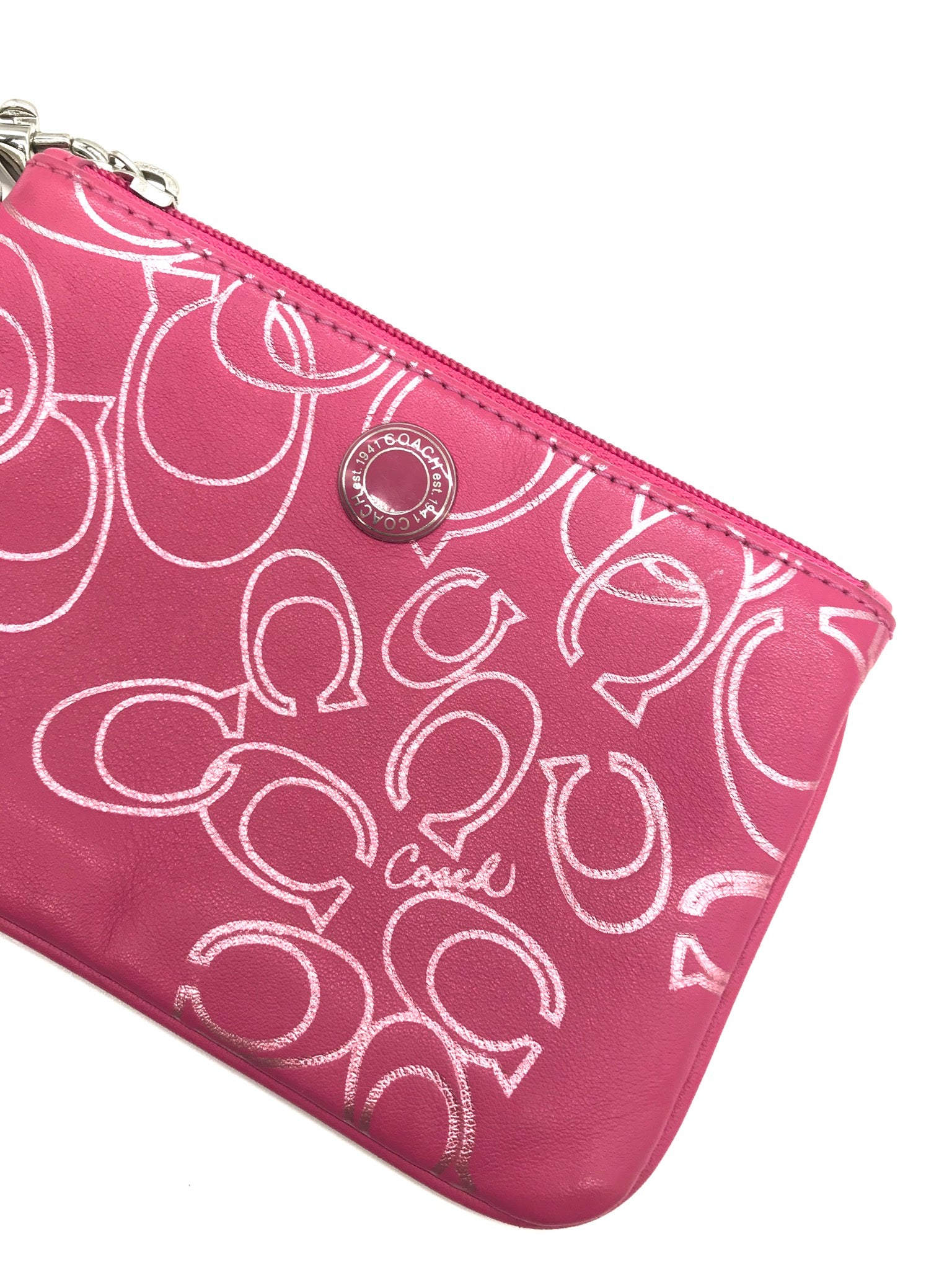 Photo #1 - BRAND: COACH<BR>STYLE: COIN PURSE <BR>COLOR: PINK <BR>SIZE: MEDIUM<BR>SKU: 262-26241-41615<BR>GENTLE WEAR AS IS <BR>DESIGNER BRAND - FINAL SALE