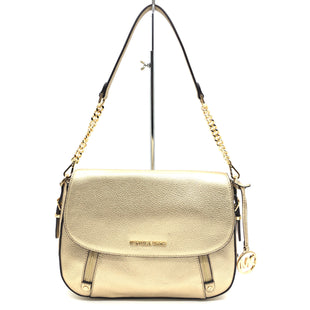 "Primary Photo - BRAND: MICHAEL KORS STYLE: HANDBAG DESIGNER COLOR: GOLD SIZE: MEDIUM 8""H X 11.5"" L X 2.5""W DROP: 10""SKU: 262-26211-142095NEW CONDITION"