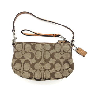 "Primary Photo - BRAND: COACH STYLE: WRISTLET COLOR: MONOGRAM SKU: 262-26275-74297AS IS DESIGNER BRAND FINAL SALE APPROX 7""X4""X1.5"""