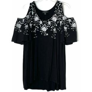 Primary Photo - BRAND: KAREN KANE STYLE: TOP SHORT SLEEVE COLOR: BLACK WHITE SIZE: 1X SKU: 262-26241-47535COLD SHOULDER STYLE