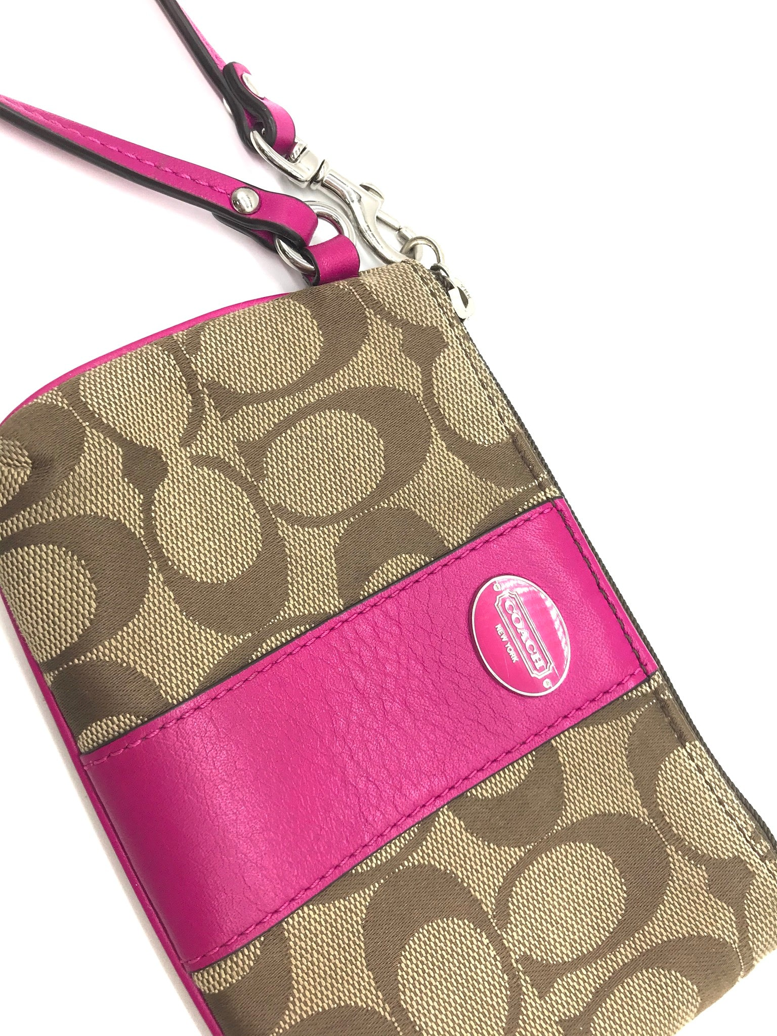 Photo #1 - BRAND: COACH <BR>STYLE: WRISTLET <BR>COLOR: MONOGRAM <BR>SKU: 262-262100-153<BR>GENTLE WEAR AS IS - OVERALL IN GOOD CONDITION <BR>DESIGNER BRAND - FINAL SALE