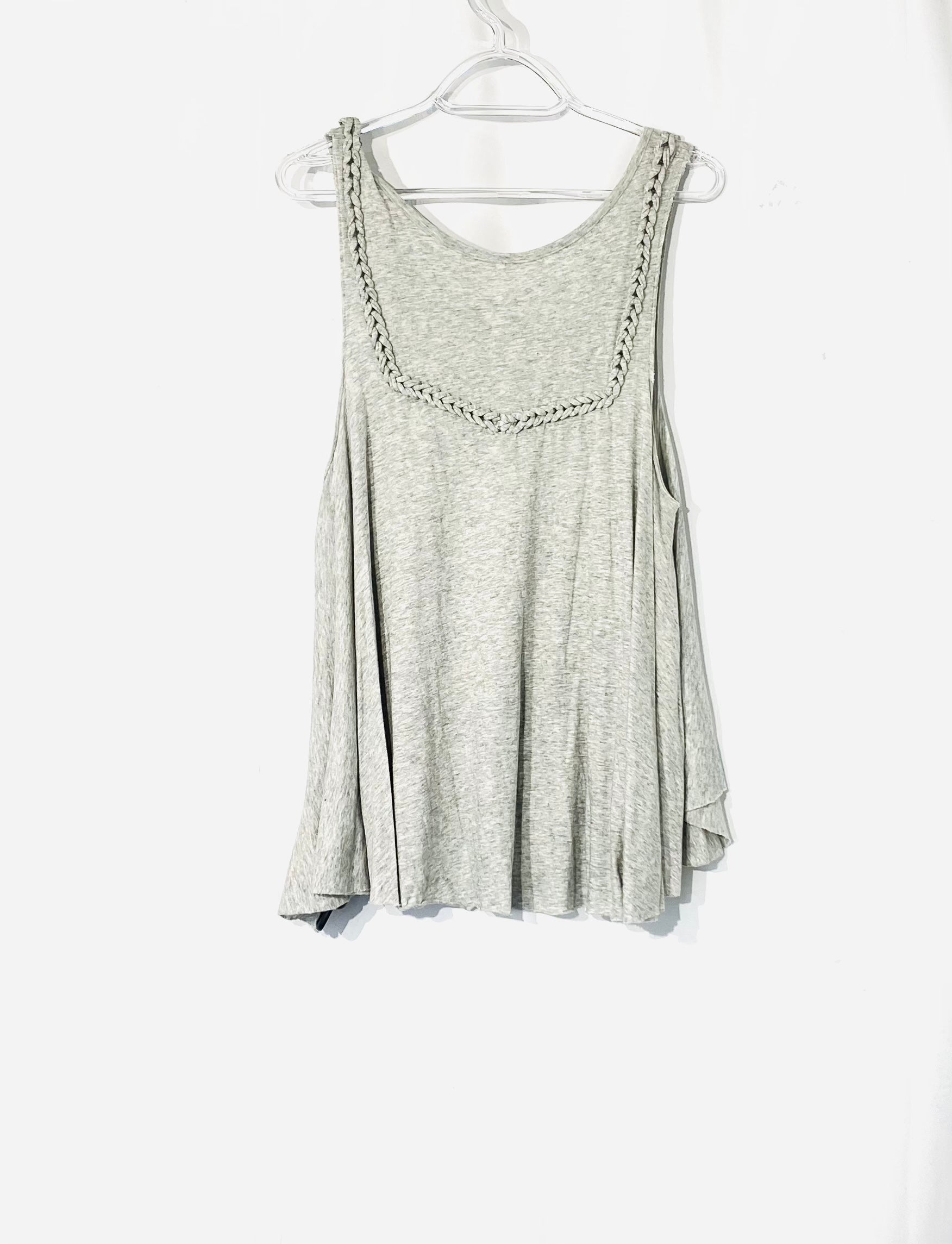 Photo #1 - BRAND: FREE PEOPLE <BR>STYLE: TOP SLEEVELESS <BR>COLOR: GREY <BR>SIZE: L <BR>SKU: 262-26241-42707