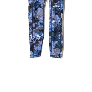 Primary Photo - BRAND: LULULEMON STYLE: ATHLETIC PANTS COLOR: BLUE SIZE: 4 SKU: 262-26275-72930DESIGNER FINAL