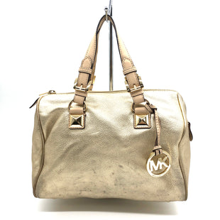 "Primary Photo - BRAND: MICHAEL KORS STYLE: HANDBAG DESIGNER COLOR: GOLD SIZE: MEDIUM SKU: 262-26211-142592AS IS WEAR SHOWS, PRICE REFLECTS THE CONDITION DESIGNER BRAND FINAL SALE APPROX 11""X9""X7""HANDLE DROP 5"""