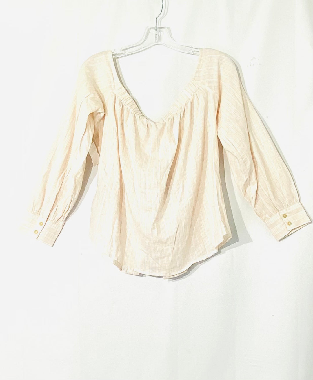 Photo #1 - BRAND: FREE PEOPLE <BR>STYLE: TOP LONG SLEEVE <BR>COLOR: SOFT PINK<BR>SIZE: M <BR>SKU: 262-26275-72538