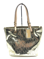 "Primary Photo - BRAND: MICHAEL KORS <BR>STYLE: HANDBAG DESIGNER <BR>COLOR: GOLD <BR>SIZE: MEDIUM <BR>SKU: 262-26285-2976<BR><BR>APPROX. 15""L X 11.5""H X 6""D. SLIGHT SCRATCHES JUST TO BOTTOM"