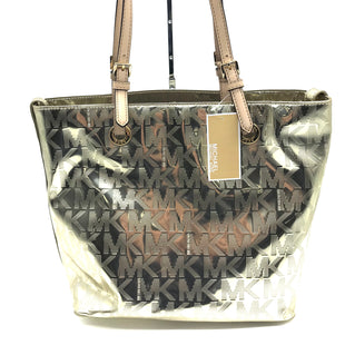 "Primary Photo - BRAND: MICHAEL KORS STYLE: HANDBAG DESIGNER COLOR: GOLD SIZE: MEDIUM SKU: 262-26285-2976APPROX. 15""L X 11.5""H X 6""D. SLIGHT SCRATCHES JUST TO BOTTOM"