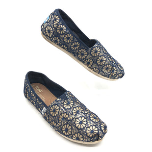 Primary Photo - BRAND: TOMS STYLE: SHOES FLATS COLOR: NAVY SIZE: 6.5 SKU: 262-26275-77183IN GOOD SHAPE AND CONDITION