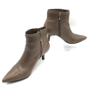 Primary Photo - BRAND: ANNE KLEIN STYLE: BOOTS ANKLE COLOR: SAND SIZE: 8 SKU: 262-26211-142114