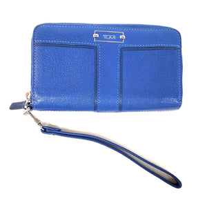 Primary Photo - BRAND: TUMI STYLE: WRISTLET COLOR: BLUE SKU: 262-26298-410RAS IS