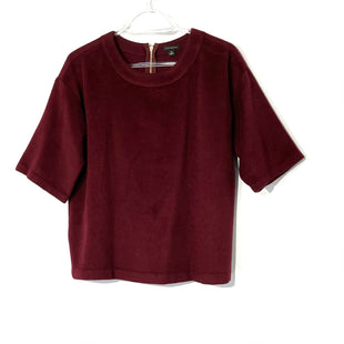Primary Photo - BRAND: ANN TAYLOR STYLE: TOP SHORT SLEEVE COLOR: MAROON SIZE: M SKU: 262-26275-73774