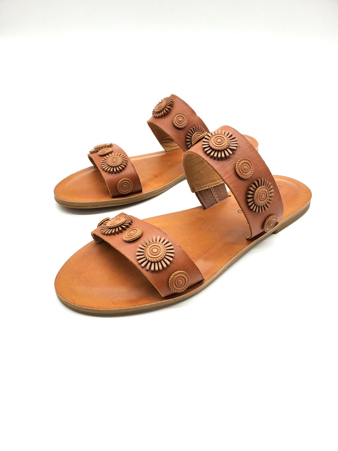 Photo #1 - BRAND: LUCKY BRAND <BR>STYLE: SANDALS FLAT <BR>COLOR: BROWN <BR>SIZE: 7.5 <BR>SKU: 262-262101-994<BR>AS IS